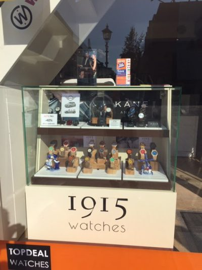 1915 watches - De 1915 watches display bij TopDeal watches aan de Molslaan in Delft